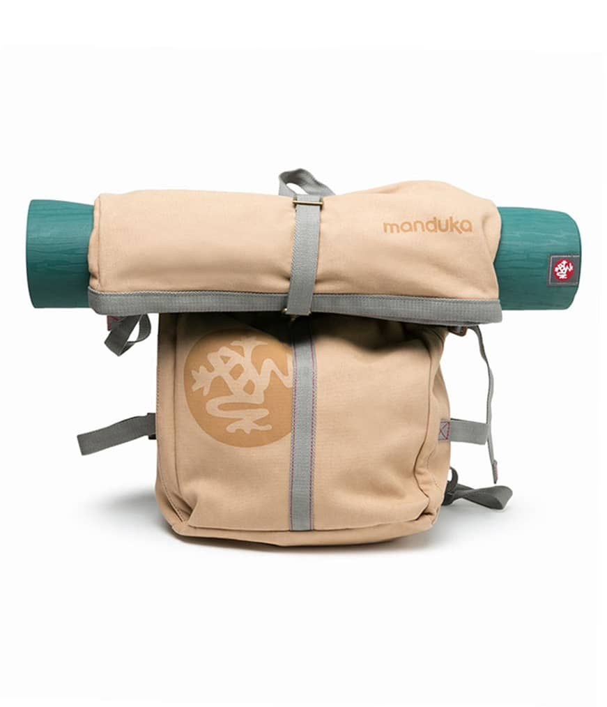 Yogatasche RUGGED ROLL TOP Trek Von Manduka In Hell-Beige