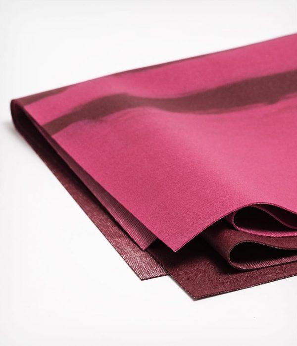Manduka Reise-Yogamatte eKO SuperLite Warmth Strahlend Rot