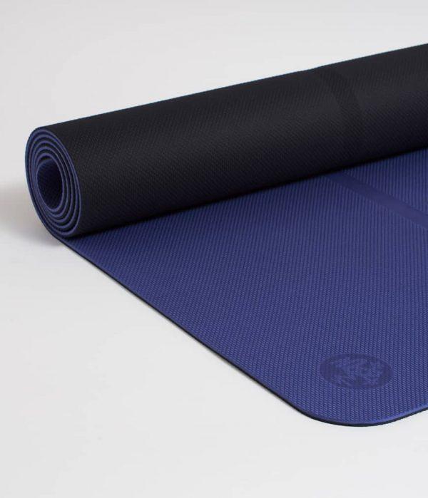 Manduka Yogamatte Welcome Mat Tranquil Blau