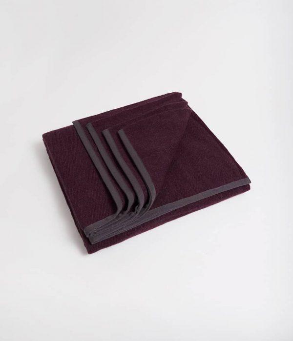 Manduka Woll-Decke Indulge Dunkel-Lila 2