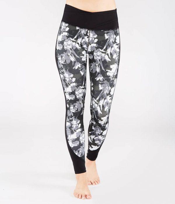 Manduka Yoga-Legging WRAP UP LEGGING DIGITAL FLORAL grau-weissem Floral-Print für Frauen 1