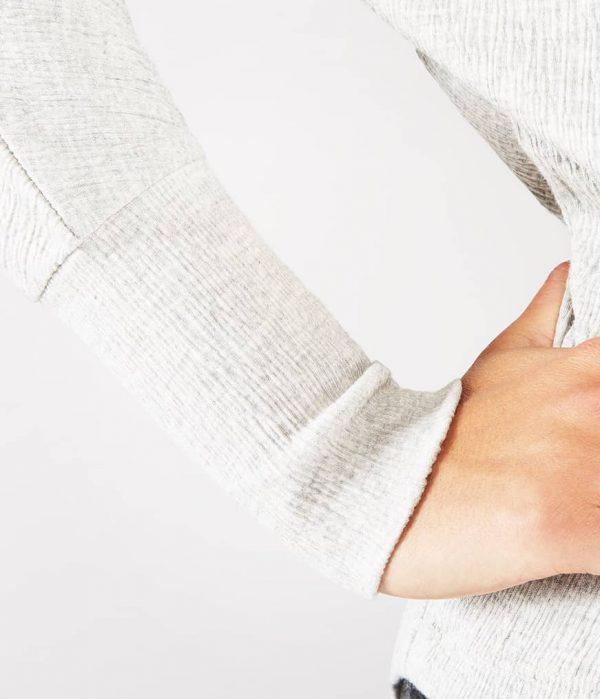 Manduka Yoga-Tunika CRINKLE FUNNEL TUNIC LIGHT GREY HEATHER hell-grau meliert für Frauen 3