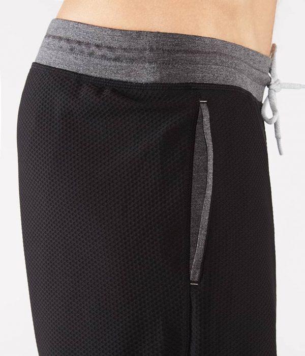 Manduka Yoga-Short PERFORMANCE MESH SHORT BLACK schwarz für Männer 5