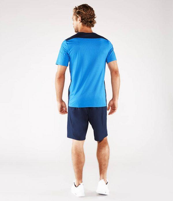 Manduka Yoga-Shirt MINIMALIST TEE 2.0 TRUE BLUE hell-blau für Männer 6