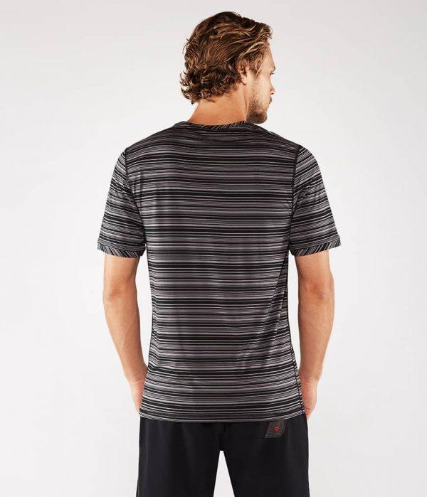 Manduka Yoga-Shirt CROSS TRAIN TEE BLACK/THUNDER schwarz-grau für Männer 2