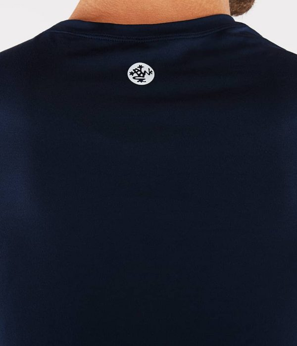 Manduka Yoga-Shirt CROSS TRAIN TEE MIDNIGHT blau für Männer 3